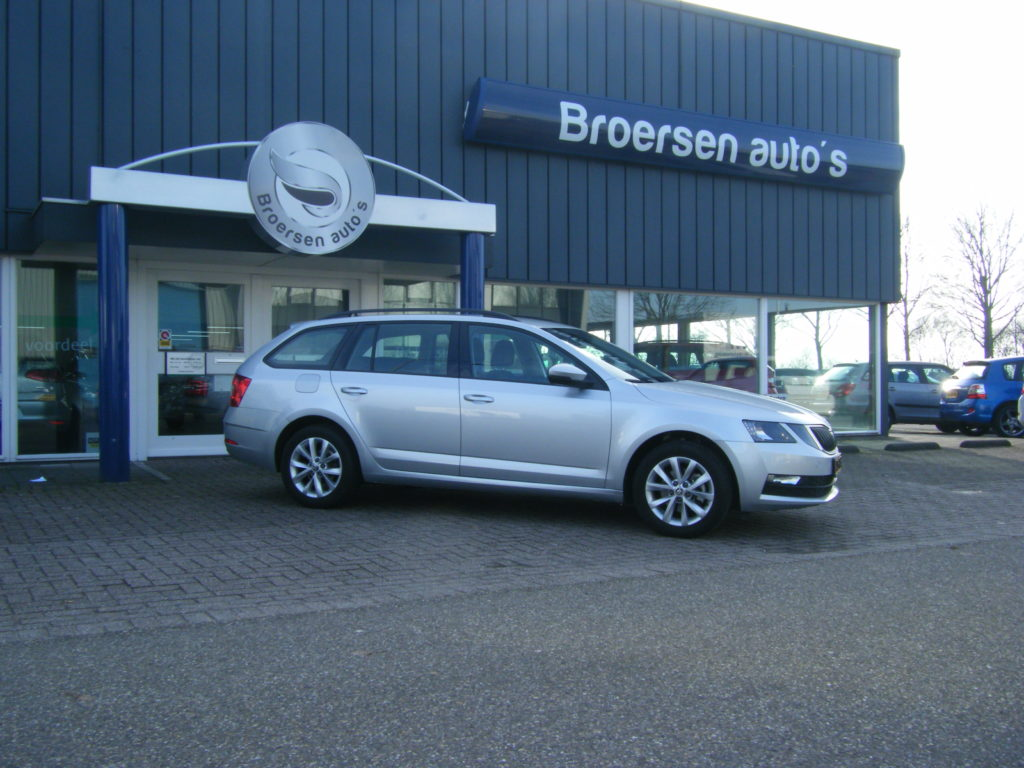 Skoda Octavia Combi 1.0 TSI 115 PK Ambition Business