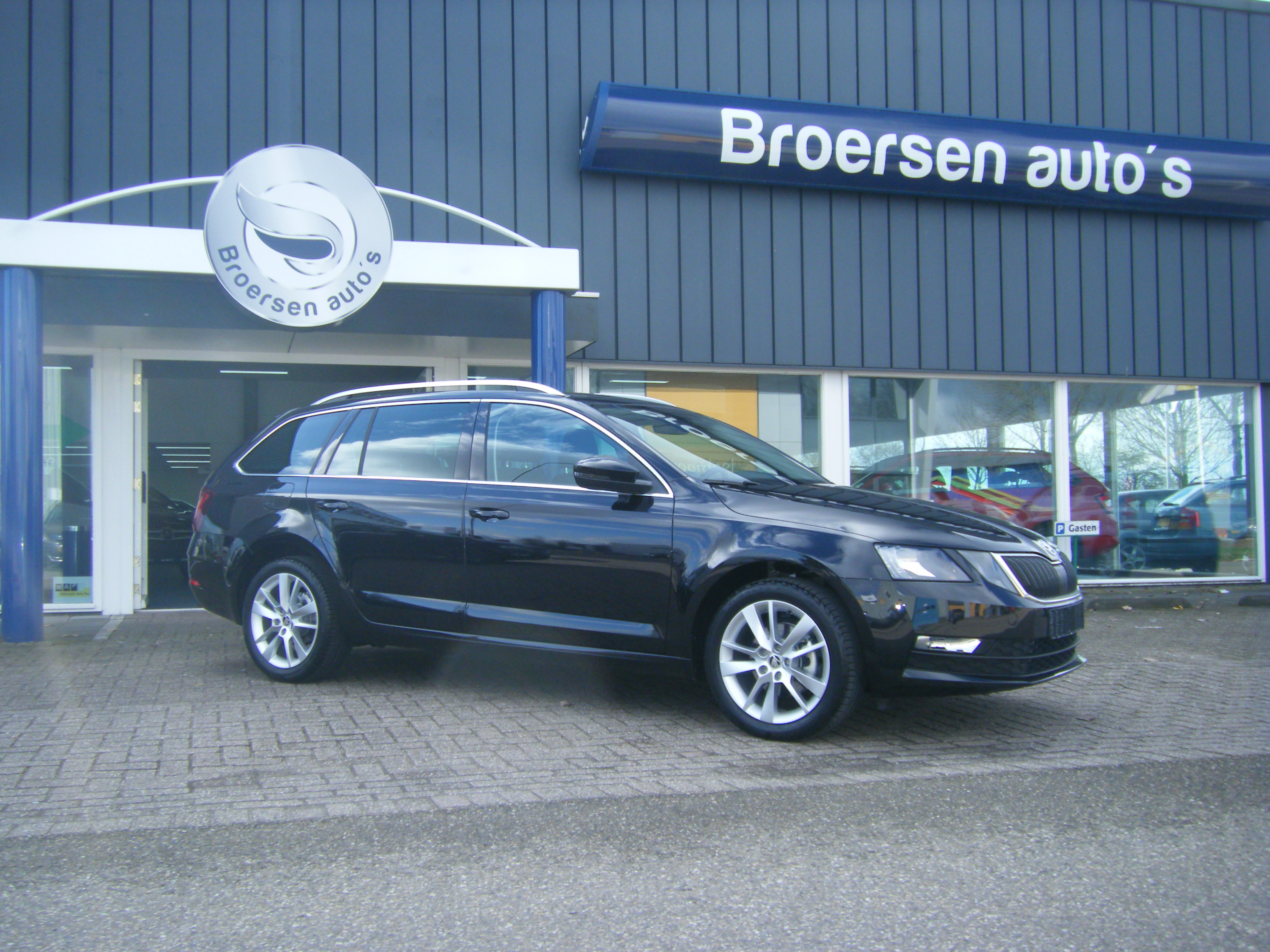 Skoda Octavia Combi 1.5 TSI Ambition Business DSG